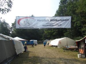 Don't be too intimidated by the long German words you'll see in this article- they're deceptively simple. Jugendgruppenzeltplatz literally means 'youth group tent place'.